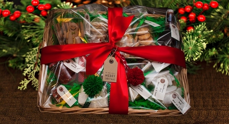 The best value christmas hampers for under 60 2016 the best value christmas hampers for under 60 2017 solutioingenieria Image collections